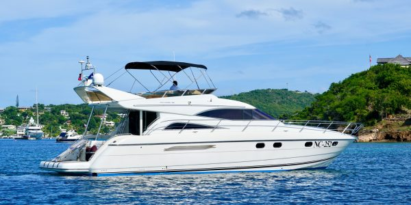 yacht day charter